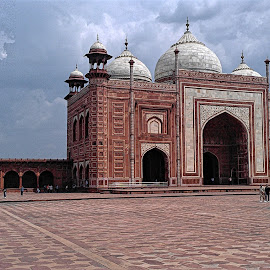 by Imran Joiya - Buildings & Architecture Places of Worship
