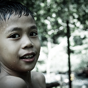si abang by Matt da Greatz - Babies & Children Child Portraits ( malaysia, bukit, tawau, taman, sabah )