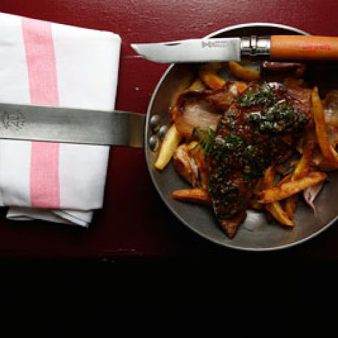 Foie de Veau en Persillade avec Pommes de Terre (Calf's Liver with Parsley, Garlic, and Fried Potatoes)