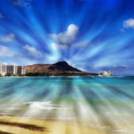 Waikiki Beach by Bente Agerup - Landscapes Beaches ( beaches, honolulu, sea, ocean, hawaii, waikiki )