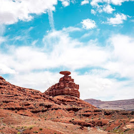 Mexican Hat by Praful Zala - Landscapes Travel ( #nature, #mexicanhat, #formation, #redrock, #utah )