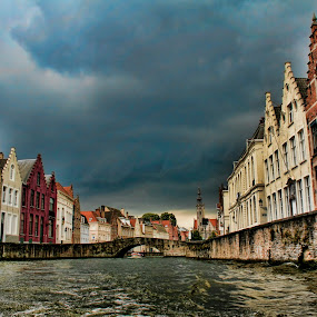 BRUGES (BELGIUM) by Gianluca Presto - City,  Street & Park  Historic Districts ( clouds, water, home, canals, houses, old, europe, colors, street, bruges, belgium, historic district, cityscape, house, canal, historic, city, ancient, weather, cloudy, bridge, homes,  )
