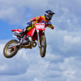 by Mike Ross - Sports & Fitness Motorsports ( northampton, mud, motocross, milton malsor, mx, acu )