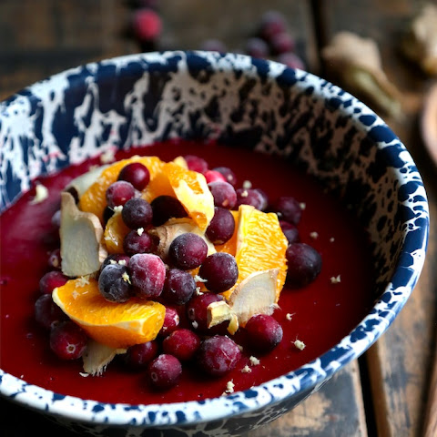 Ginger Orange Jellied Cranberry Sauce