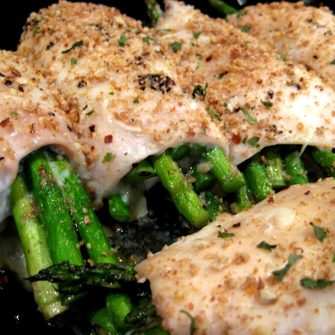 Chicken Rolls with Asparagus and Mozzarella