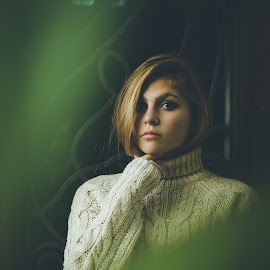 Feelings    by Hurghis Vasile - People Portraits of Women ( lights, colors, woman, beautiful, lifestyle, perspective, portrait )