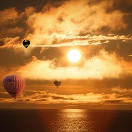 The sun chasers by Stanciu Mihai - Illustration Sci Fi & Fantasy ( water, baloon, photomanipulation, sunset, summer, hot,  )