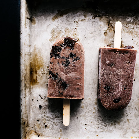 Homemade Fudgesicle Brownie Pops