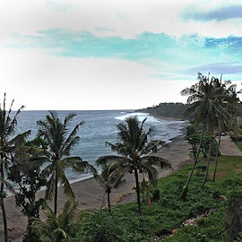 Senggigi Beach with volcanic sand at Lombok, IndonesiaMon, 2014:04:21 15:02:11Taken with iPhone 5 by Nikita Hengbok - Landscapes Travel ( tranquil, relax, indonesia, beach, lombok, tranquility, relaxing, senggigi )