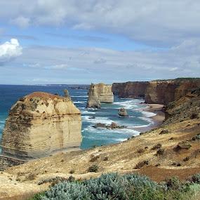12 Apostles by Trevor Smart - Landscapes Caves & Formations ( landmark, limestone formation, australia, victoria, 12 apostles,  )