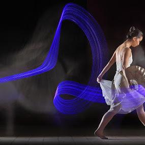 she in motion by Sofian Anwar - People Portraits of Women