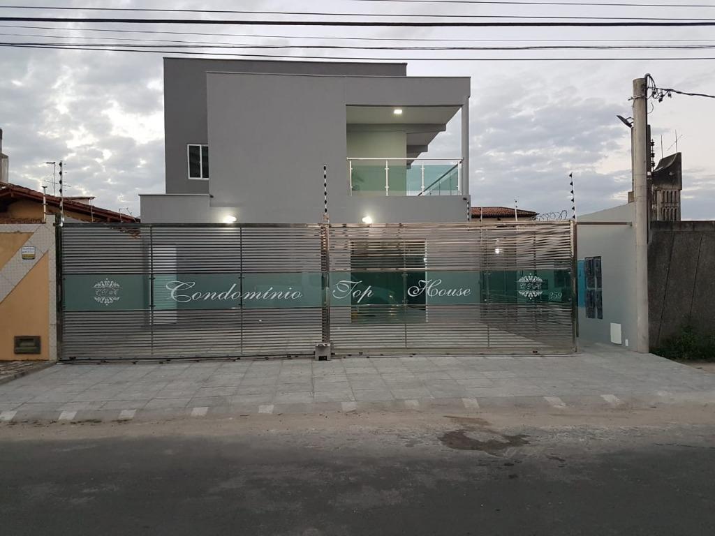 Apartamento com 2 dormitórios para alugar, 47 m² por R$ 1.150,00/mês - Santa Mônica - Feira de Santana/BA