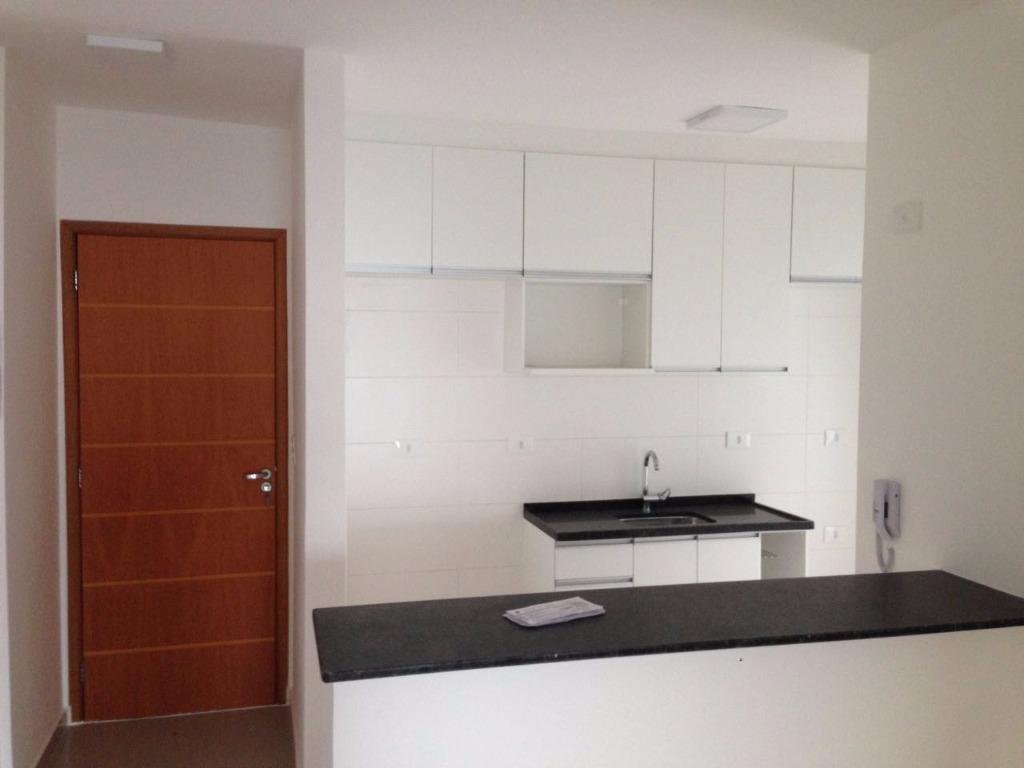 3 dormitórios com 2 vagas - churrasqueira na varanda -Vila Galvão