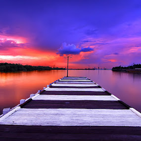 One point by Heru S. Tyon - Landscapes Weather