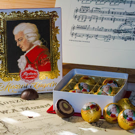 it tastes like music in your mouth by Franky Vanlerberghe - Food & Drink Candy & Dessert ( mozart, chocolate, chocolates, reber, mozartkugln,  )