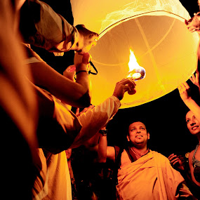 Waisak's Lampion... by Imam Fauzi - People Group/Corporate