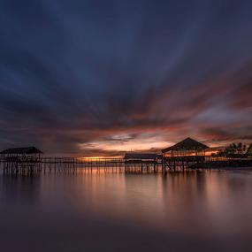 Waiting for sunrise by Esther Pupung - Landscapes Sunsets & Sunrises