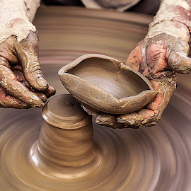 The making of Clay Pottery by Rakesh Syal - Artistic Objects Cups, Plates & Utensils