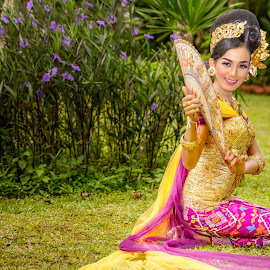 Balinese Girl by Ade Irgha - People Fashion
