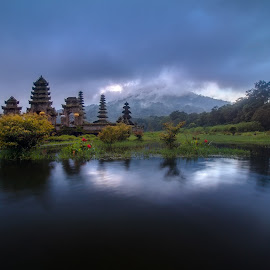 Pura Ulun Danu Tamblingan, Bali. by Jimmy Kohar - Landscapes Travel ( temple, bali, mountain, waterscape )