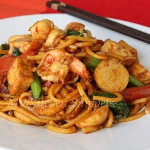 Spicy Fried Noodles/Mee Goreng