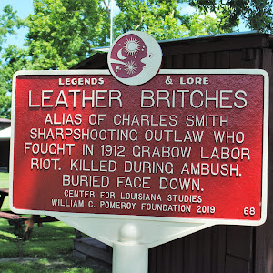 Alias of Charles Smith.Sharpshooting outlaw who fought in 1912 Grabow Labor Riot. Killed during ambush.Buried face down.