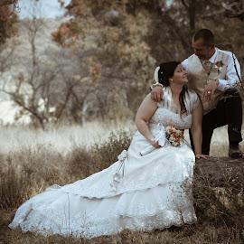 by Andre Oelofse - Wedding Bride & Groom
