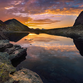 Following the light by Lucian Satmarean - Landscapes Mountains & Hills