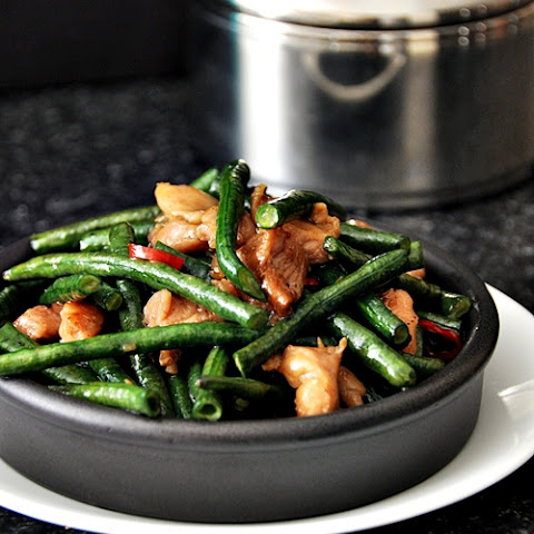 Spicy Long Beans with Chicken