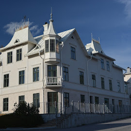 by Kaj Schnipper - Buildings & Architecture Homes