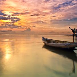 still alone by Ahmad Sahroni - Transportation Boats
