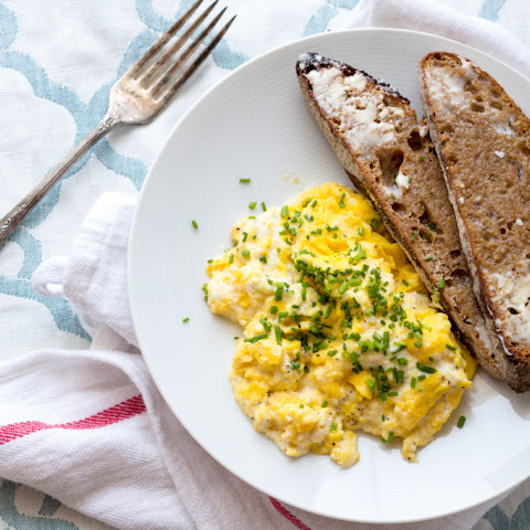 Slow Scrambled Eggs with Ricotta and Chives