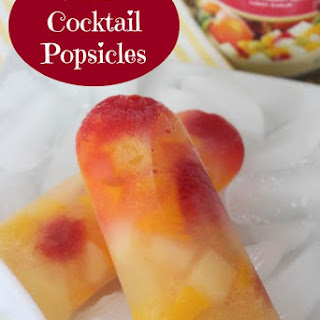 Super Easy Fruit Cocktail Popsicle