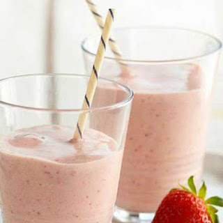 Protein Packed Strawberry Banana Smoothie