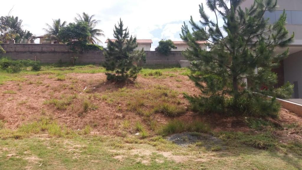 Terreno à venda, 437 m² por R$ 245.000