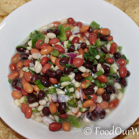 The Best Texas Caviar Recipe with Shoepeg Corn – A Real Crowd-Pleaser