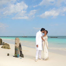 Beach  Beauty by Andrew Morgan - Wedding Bride & Groom ( love, kiss, zanzibar, wedding, bride, groom )
