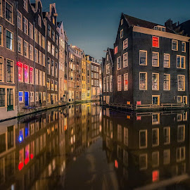 by Henk Smit - City,  Street & Park  Historic Districts