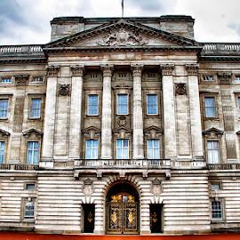 Buckingham Palace by Abdul Rehman - Buildings & Architecture Public & Historical ( england, buckingham palace, london, historic, uk )
