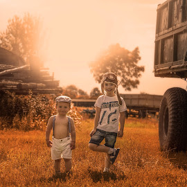 Countryside trip by Piotr Owczarzak - Babies & Children Children Candids ( holiday, countryside, summer, boy, childrens, sun )