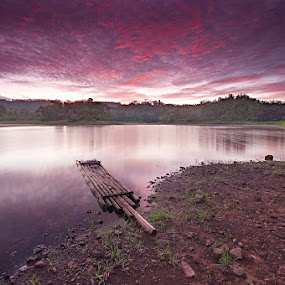 Sta. Ana lake by Rodrigo Layug - Landscapes Waterscapes ( nature, waterscape, sunrise, landscape )