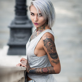 Felisya by Luca Foscili - People Body Art/Tattoos ( face, model, fashion, septum, beauty, bokeh, lights, fishball suicide, girl, d800, suicide girls, woman, alt model, inked, luca foscili, tattoo, nikon, italy, hair, light, felisja piana, beautiful, alternative, piercings, sg, portrait, ink, dyed hair, nikon d800, outdoors, fishball, felisya piana, felisya, hhair )