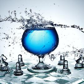 Clear blur splashing zone by Peter Salmon - Artistic Objects Glass ( splash, blue, chess, glass, board )