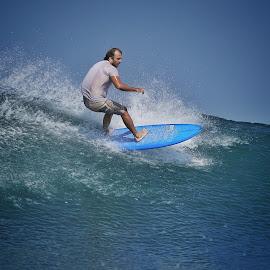 by Bernard Tjandra - Sports & Fitness Surfing