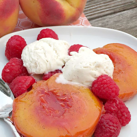 Vanilla Bean Roasted Peaches