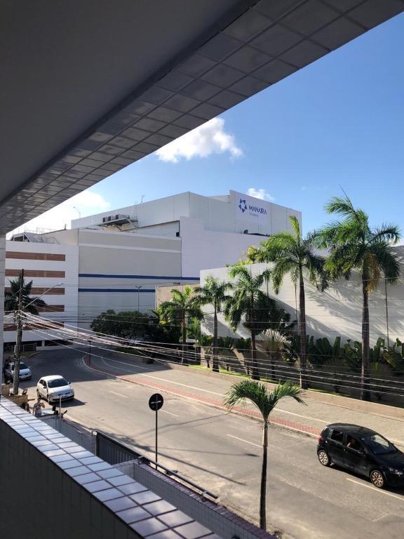 Apartamento com 3 dormitórios para alugar, 108 m² por R$ 1.100/mês - Manaíra - João Pessoa/PB