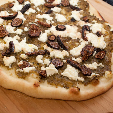Fig, Caramelized Onion And Goat Cheese Pizza