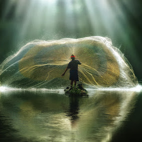 Bless by Suloara Allokendek - Digital Art Things ( rol, fisher, net, light, man )