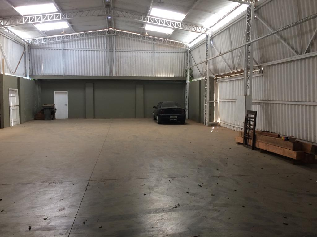Barracão para alugar, 1.250 m² por R$ 10.000/mês