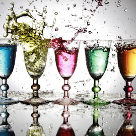 5 glasses and water bsplash by Peter Salmon - Artistic Objects Glass ( water, splashing, splash, glasses, glass )